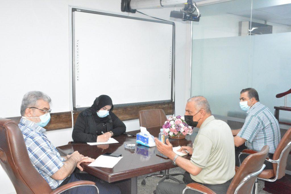 اجتمع السيد مدير المركز الاستاذ الدكتور مروان عبد الحميد عاشور المحترم حضوريا مع مسؤولي شعب المركز